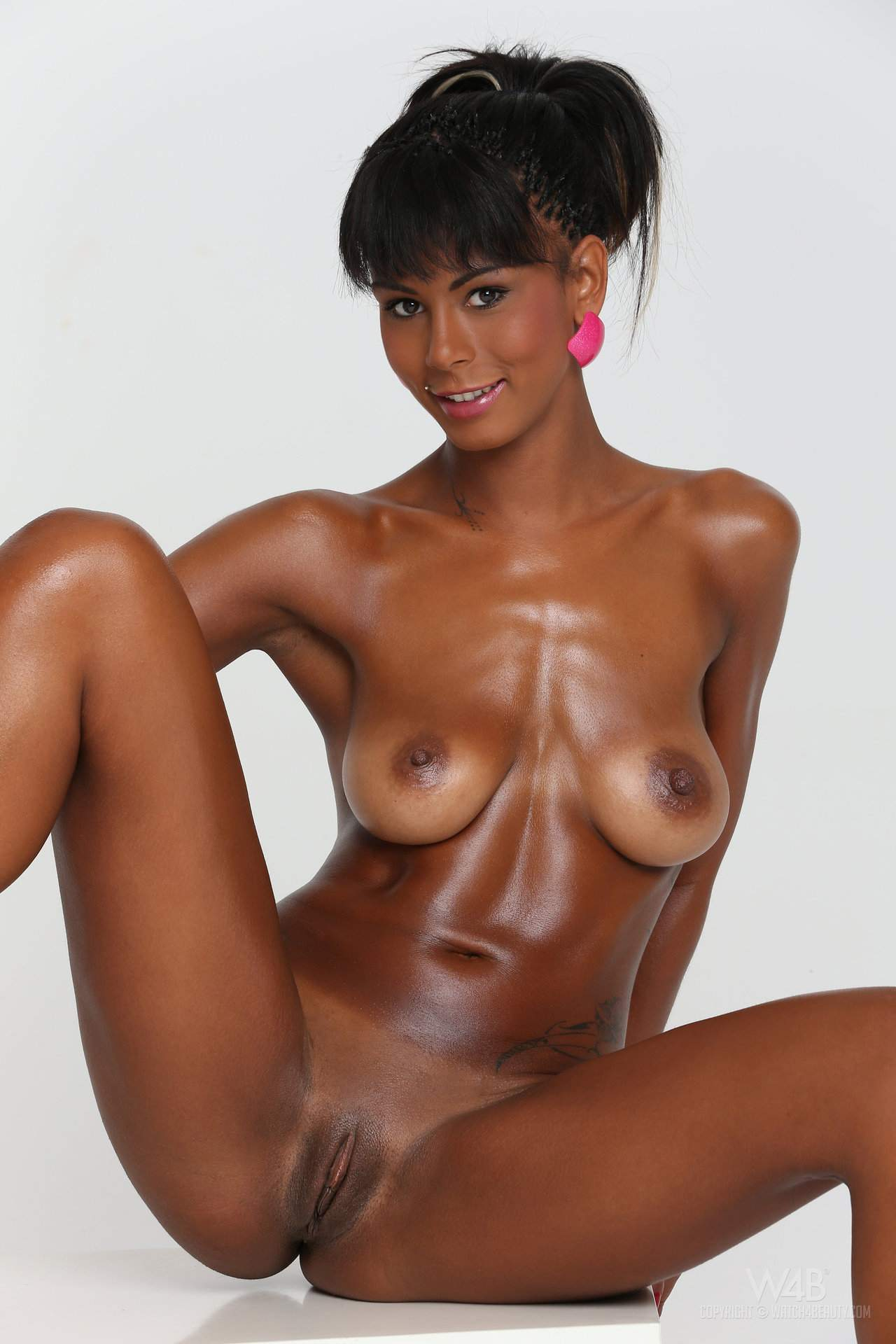 nakenbading jenter bilder isabella martinsen nude