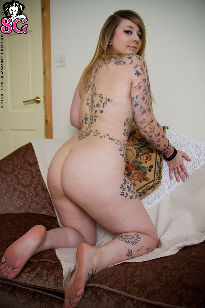 Hot chubby tattooed girls